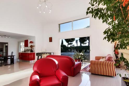 Villa de luxe à vendre NICE, 233 m², 6 Chambres, 1300000€