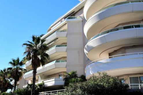 Luxe Appartement te koop FREJUS, 81 m², 2 Slaapkamers, 615000€
