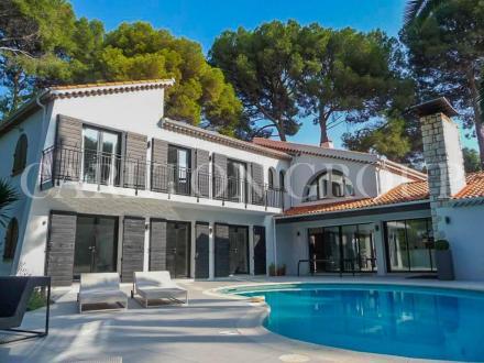 Maison de luxe à louer CAP D'ANTIBES, 250 m², 4 Chambres