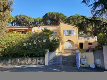 Villa de luxe à vendre LA CROIX VALMER, 180 m², 5 Chambres, 1210000€