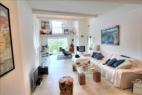 Maison de luxe à vendre LES ISSAMBRES, 150 m², 3 Chambres