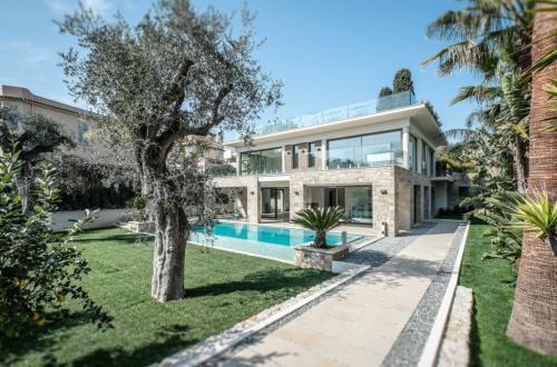 Luxury House for rent SAINT JEAN CAP FERRAT, 298 m², 5 Bedrooms,