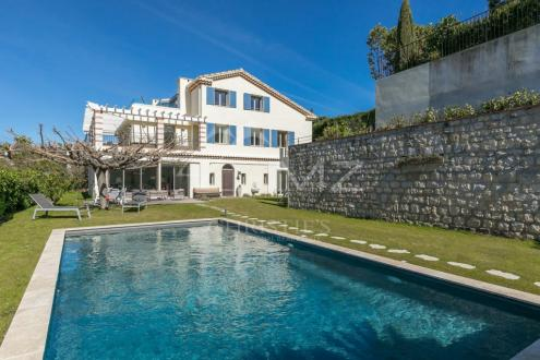 Luxury House for rent CAP D'ANTIBES, 450 m², 6 Bedrooms