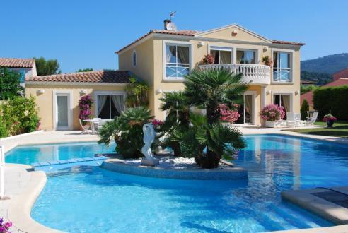 Luxus-Villa zu verkaufen SANARY SUR MER, 200 m², 4 Schlafzimmer, 1360000€