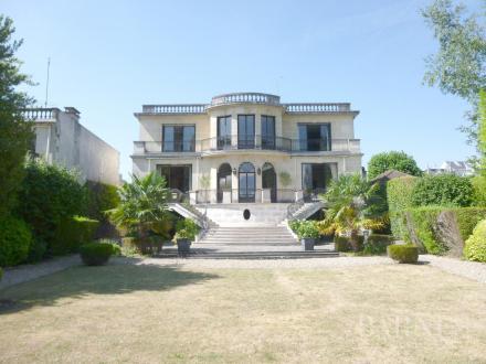 Luxe Herenhuis te koop ENGHIEN LES BAINS, 365 m², 5 Slaapkamers, 3600000€