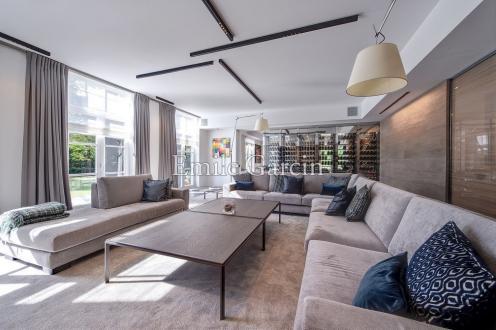 Propriété de luxe à vendre RHODE SAINT GENESE, 650 m², 6 Chambres