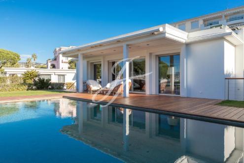 Maison de luxe à vendre CANNES, 300 m², 4 Chambres
