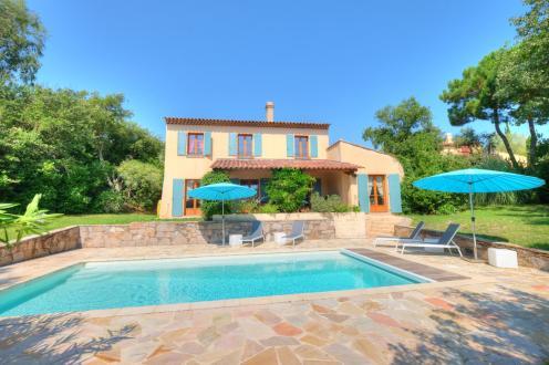 Villa di lusso in vendita GASSIN, 149 m², 4 Camere, 1285000€