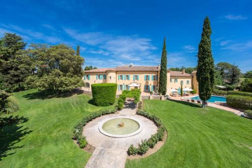 Luxury House for rent LORGUES, 11 Bedrooms,