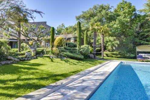 Luxury House for rent BONNIEUX, 380 m², 8 Bedrooms,