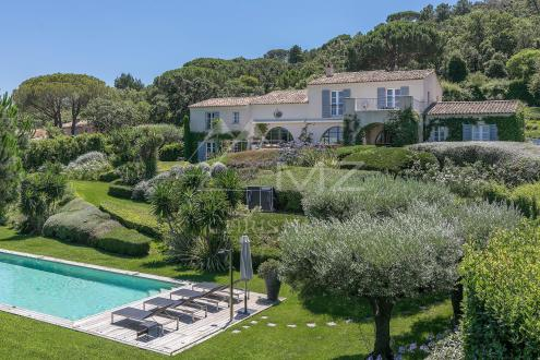 Luxury House for rent RAMATUELLE, 329 m², 5 Bedrooms,