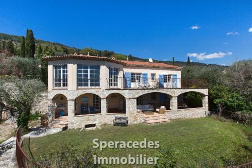 Villa de luxe à vendre SPERACEDES, 285 m², 6 Chambres, 1365000€