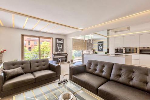 Appartement de luxe à vendre SOUS MASSA DRAA, 138 m², 2 Chambres, 450000€