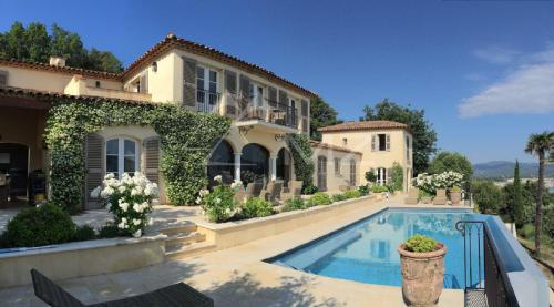 Luxury House for rent GASSIN, 305 m², 4 Bedrooms,