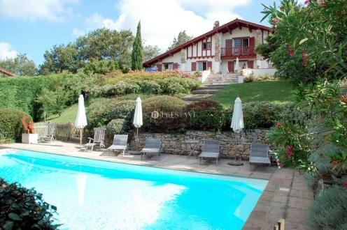 Luxe Huis te koop ARCANGUES, 200 m², 4 Slaapkamers