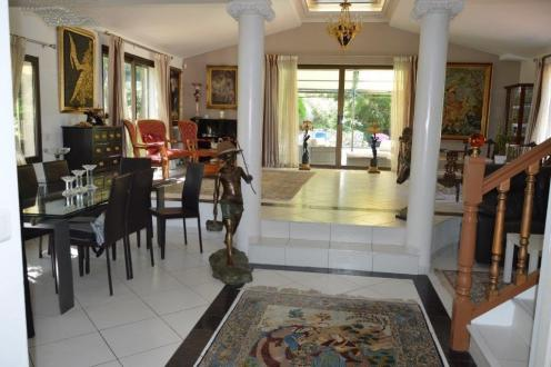 Maison de luxe à vendre SAINT GELY DU FESC, 270 m², 3 Chambres, 1320000€