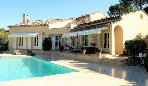 Maison de luxe à vendre MOUGINS, 222 m², 5 Chambres