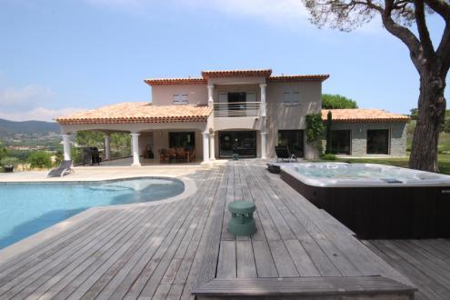 Luxus-Haus zu vermieten SAINTE MAXIME, 250 m², 5 Schlafzimmer,