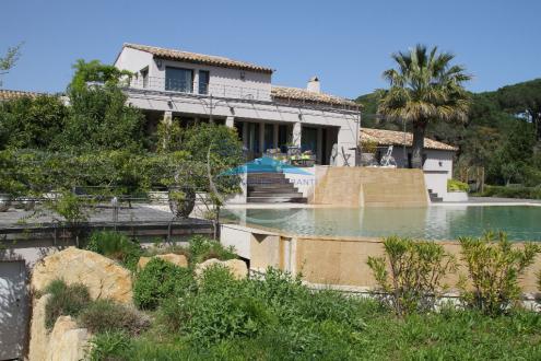 Villa de luxe à vendre SAINT TROPEZ, 430 m², 6 Chambres, 6950000€