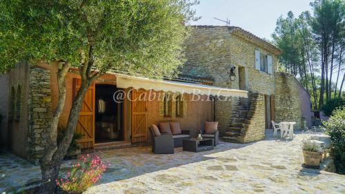 Villa de luxe à vendre LE BEAUSSET, 300 m², 7 Chambres, 1120000€