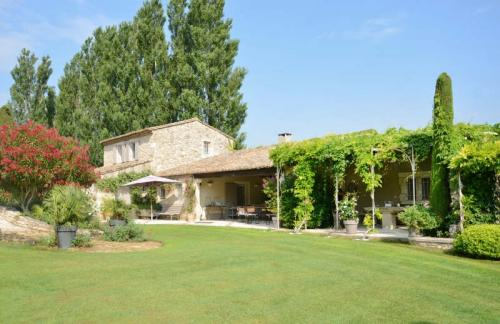 Luxury House for sale EYGALIERES, 300 m², 6 Bedrooms, € 2 300 000