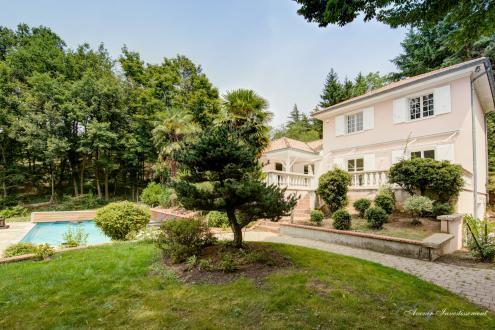 Maison de luxe à vendre LIMONEST, 280 m², 4 Chambres, 1350000€