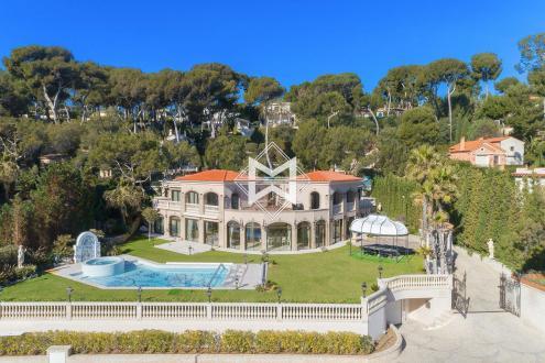 Luxury House for rent CAP D'ANTIBES, 1000 m², 8 Bedrooms,