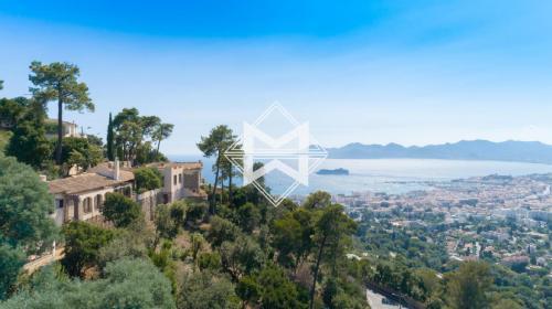 Luxus-Villa zu verkaufen CANNES, 415 m², 7 Schlafzimmer, 5950000€
