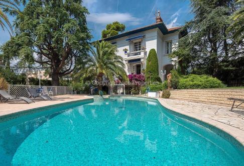 Hôtel particulier de luxe à vendre NICE, 372 m², 4 Chambres
