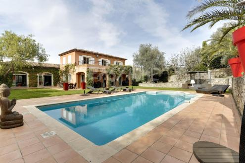 Villa de luxe à vendre MOUGINS, 280 m², 5 Chambres