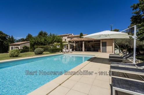 Luxe Huis te huur MENERBES, 250 m², 5 Slaapkamers