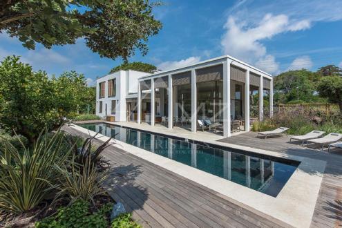 Maison de luxe à louer RAMATUELLE, 180 m², 2 Chambres