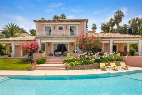 Maison de luxe à louer CAP D'ANTIBES, 350 m², 5 Chambres