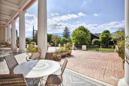 Appartamento di lusso in vendita AIX LES BAINS, 177 m², 2 Camere, 695000€