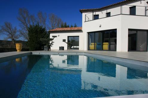 Luxe Huis te koop UZES, 242 m², 4 Slaapkamers, 880000€