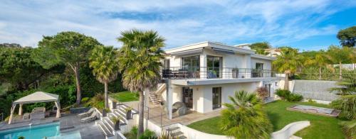 Casa di lusso in affito CANNES, 295 m², 4 Camere,