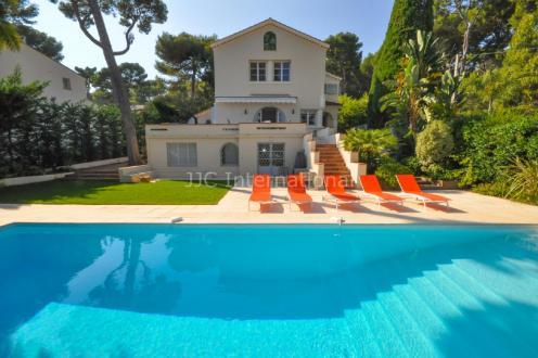 Maison de luxe à louer CAP D'ANTIBES, 160 m², 4 Chambres