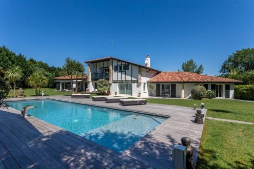 Luxe Huis te koop ARCANGUES, 400 m², 6 Slaapkamers