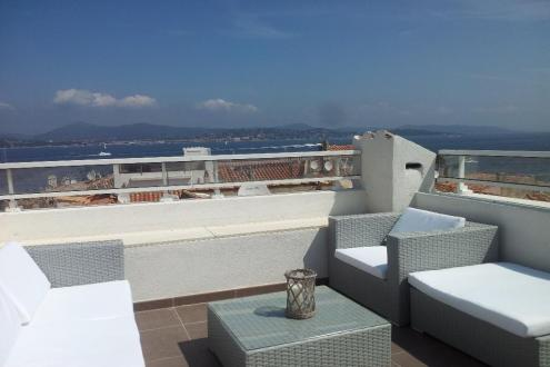 Luxury Apartment for rent SAINT TROPEZ, 70 m², 2 Bedrooms,
