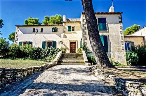 Luxus-Haus zu verkaufen MAUSSANE LES ALPILLES, 400 m², 9 Schlafzimmer, 1740000€