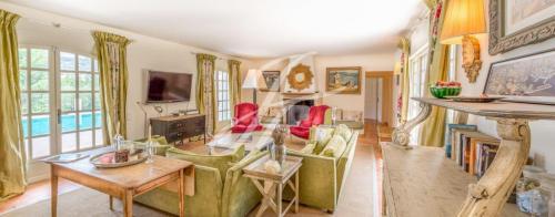 Maison de luxe à louer SAINT PAUL, 275 m², 4 Chambres