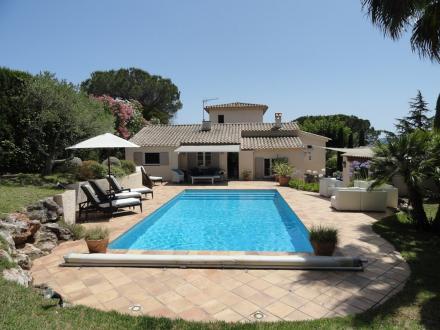 Maison de luxe à louer SAINTE MAXIME, 120 m², 4 Chambres,