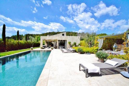 Luxury House for rent MOUGINS, 300 m², 4 Bedrooms