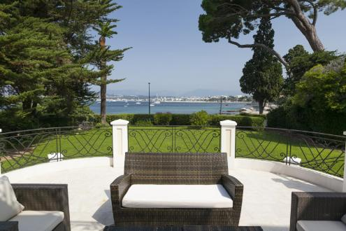 Luxury House for rent CAP D'ANTIBES, 600 m², 10 Bedrooms,