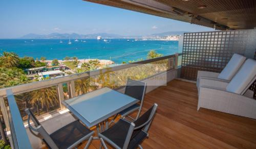 Luxury Apartment for rent CANNES, 92 m², 2 Bedrooms,