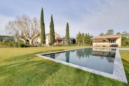 Luxury House for rent SAINT REMY DE PROVENCE, 365 m², 7 Bedrooms,