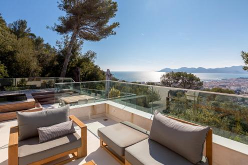 Casa di lusso in affito CANNES, 350 m², 6 Camere,