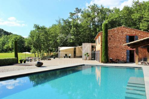 Luxury House for rent ROUSSILLON, 200 m², 3 Bedrooms,