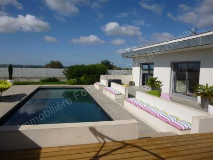 Maison de luxe à louer BEZIERS, 210 m², 4 Chambres