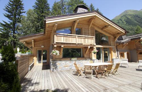 Chalet de luxe à louer CHAMONIX MONT BLANC, 240 m², 4 Chambres,
